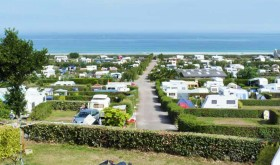 La Plage de Saint Pabu campsite seen from de sky