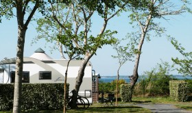 Le Verdalle campsite at the water's edge