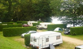 The Plage des Settons campsite's locations in Bourgogne
